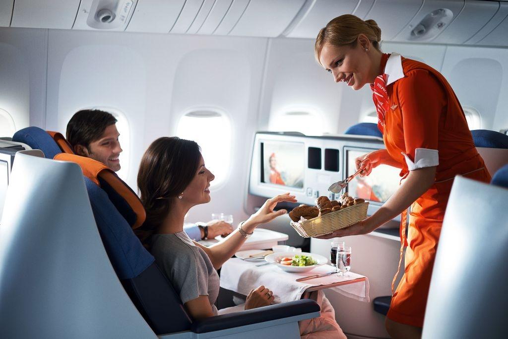 стюардессу отели в самолете раздражать непрошенных